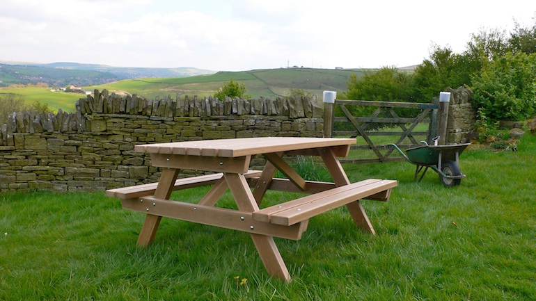 recycled plastic wood picnic table thames range