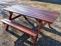Recycled Plastic Picnic Table Bench wheelchair friendly