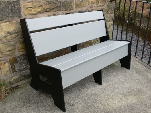 Niagara Bench - British Recycled Plastic
