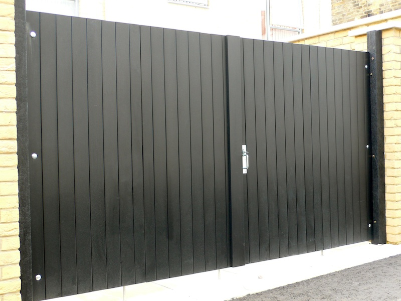 Recycled Plastic Double Gates - closed