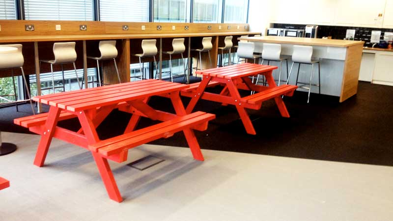 Derwent Recycled Plastic Picnic Table Picnic Bench Kedel - London Office