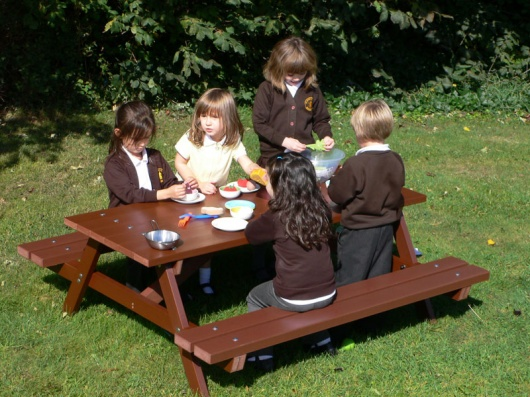 Thames Childrens | Kids Picnic Table | Delux