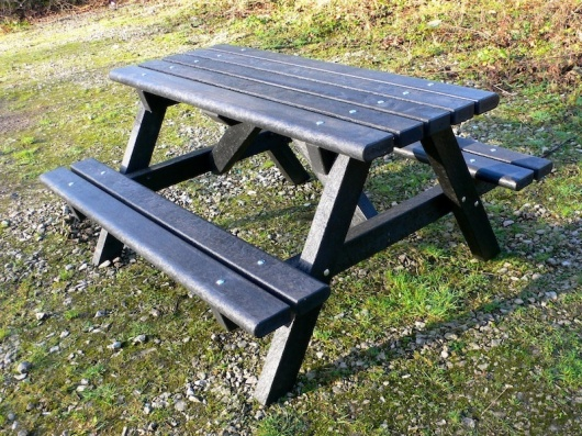 Ribble Picnic Table - Bullnose Version