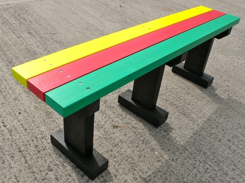 Multicoloured Tees Bench | Garden/Park | No back | Recycled Plastic