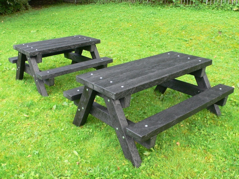 Ribble Junior Picnic Table - Recycled Plastic - Heavy Duty ...